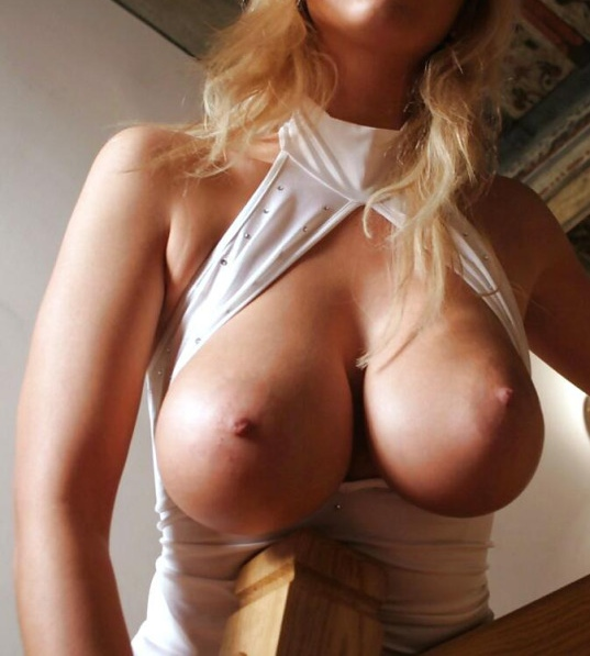 Naked girls with giant tits-4606